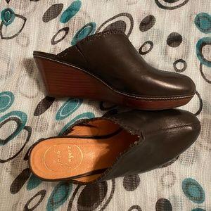 Jack Rogers Black Leather Mules